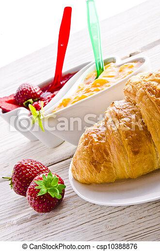 Croissant - csp10388876