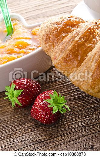 Croissant - csp10388878
