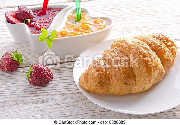 Croissant - csp10388883