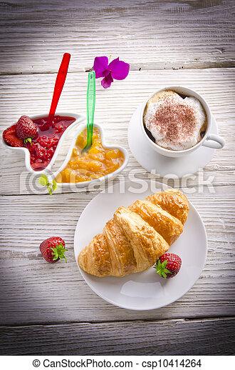 Croissant - csp10414264