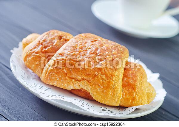 croissant - csp15922364