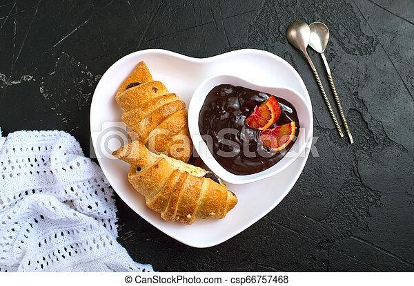 croissant - csp66757468