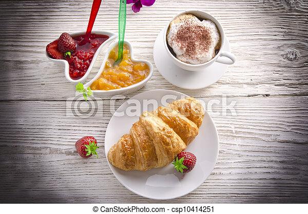 Croissant - csp10414251
