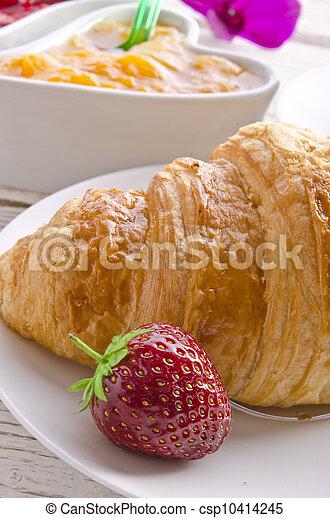 Croissant - csp10414245