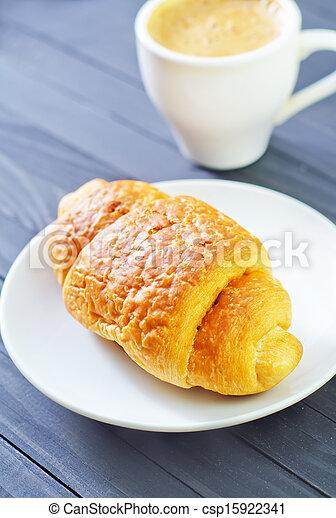 croissant - csp15922341