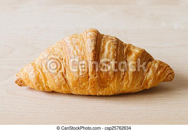croissant - csp25762634